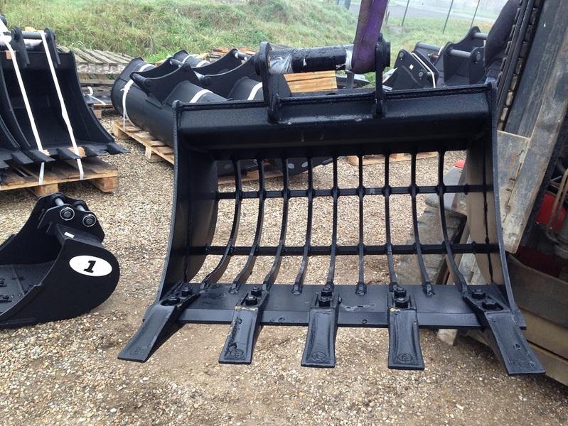equipments pour pelle excavatrice mini pelle tractopelle. Black Bedroom Furniture Sets. Home Design Ideas